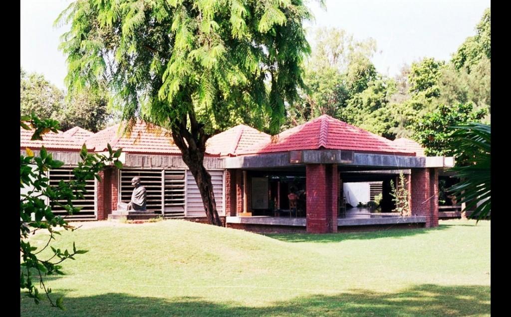 Gandhi Smarak Sangrahalaya, Ahmedabad Photo: Charles Correa Associates