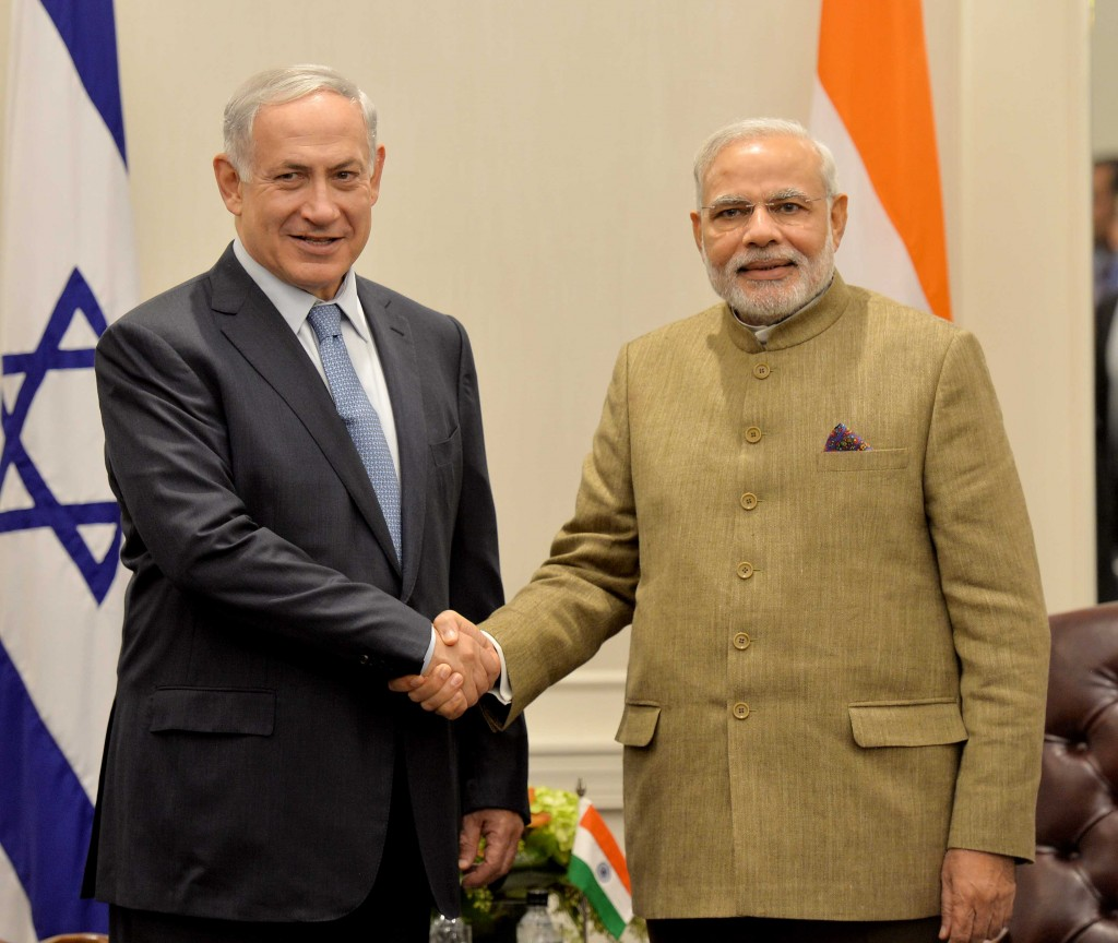 Prime Minister Narendra Modi with his Israeli counterpart, Benjamin Netanyahu. Photo: PTI.