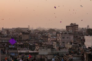 Sky filled with kites in Ahmedabad. Photo: Sandeep A. Chetan, CC 2.0