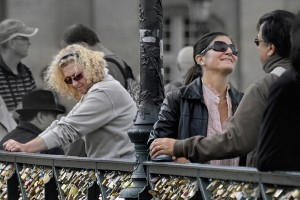 Lovers on the Pont des Arts. Paris. France. 2012,  by Ввласенко - Own work. Licensed under CC BY-SA 3.0 via Wikimedia Commons