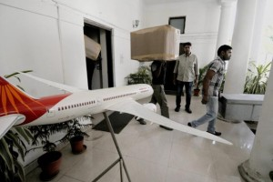 Former Civil Aviation minister and RLD leader Ajit Singh's belongings being carried out after he was evicted from his bungalow in Lutyens' Delhi. PTI photo.