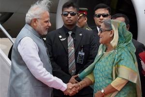 Indian Prime Minister Narendra Modi with his Bangladeshi counterpart Sheikh Hasina. Credit: PTI Photo