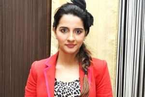 Shruti Seth. Photo by http://www.bollywoodhungama.com