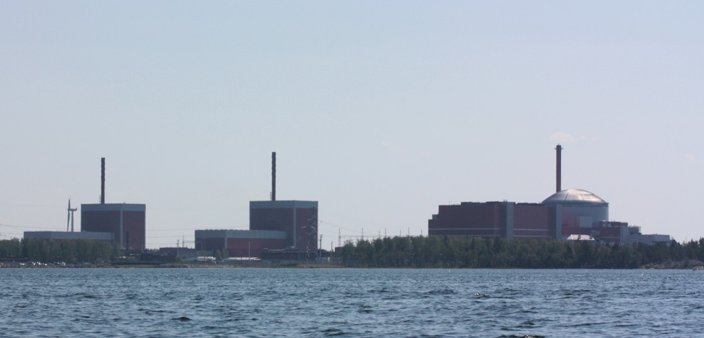 Olkiluoto nuclear plant in Finland. The unfinished Olkiluoto-3 reactor is on the right. Credit: Kristian Lindquist, CC 2.0.