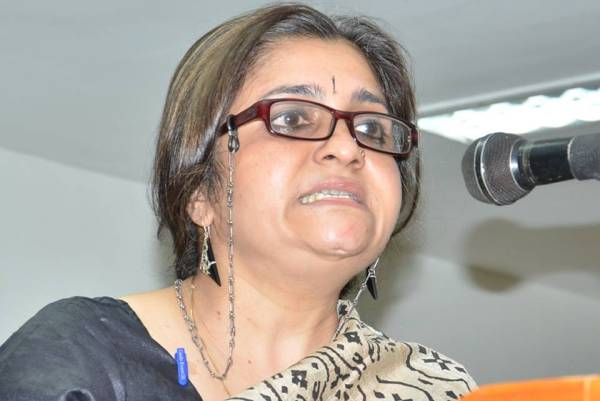 Teesta Setalvad's Organisation Calls for Help as She Faces Threat to Personal Freedom