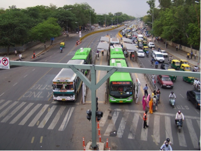 All bus stops on the Delhi BRT are before light controlled zebra crossings ensuring  commuter safety. Credit: Dinesh Mohan