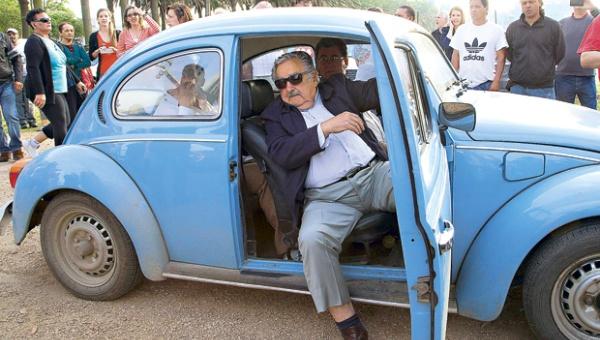 File photo of Mujica and his VW Beetle. Credit: Telesur