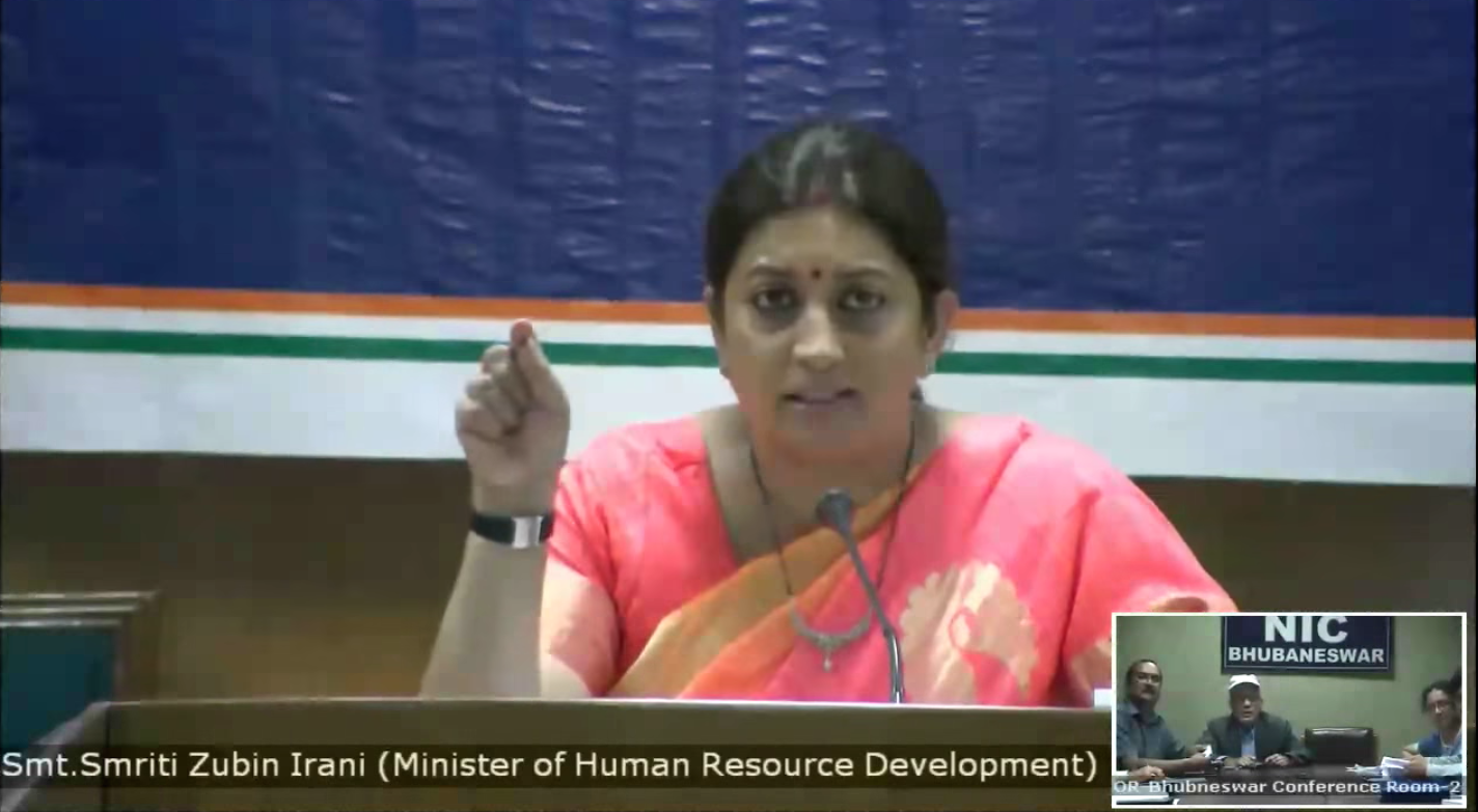 Screengrab of Smriti Irani interacting with district level education officers. Credit: YouTube/MHRD
