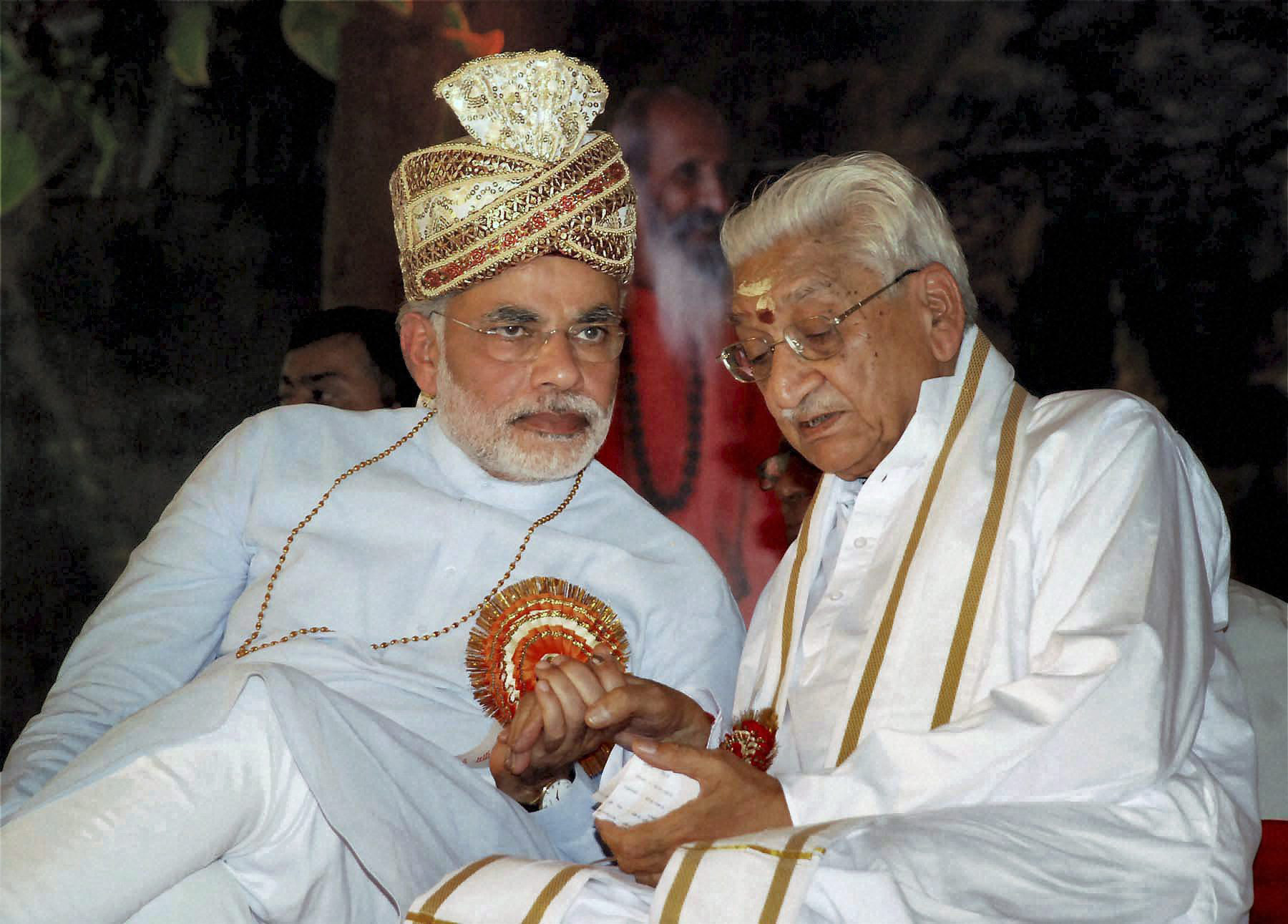 SO WHO SHOULD WE TOLERATE NOW? File photo from 2010 of the late VHP president Ashok Singhal, who died last week, with Narendra Modi. Credit: PTI