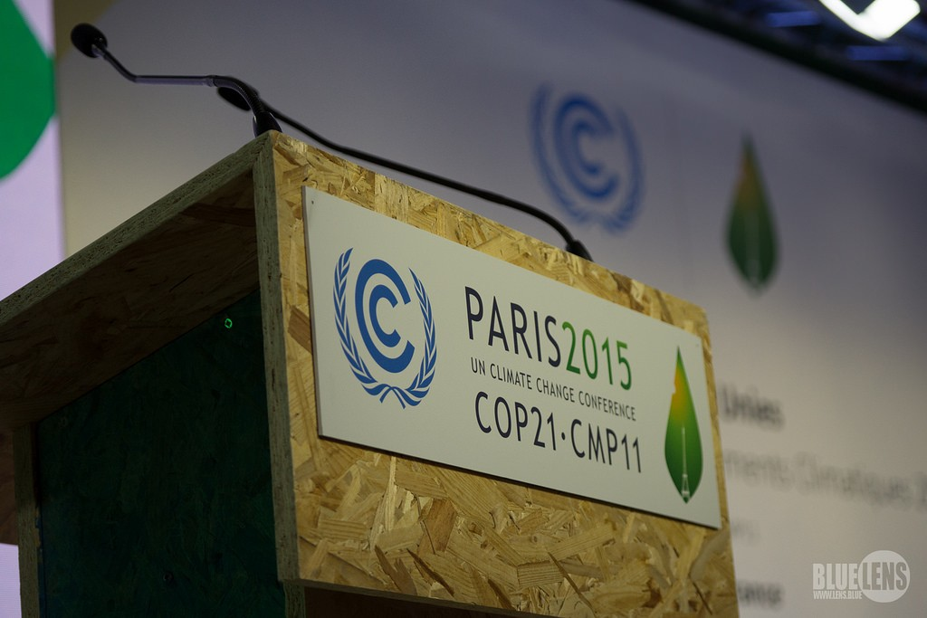 Le Bourget Forgoes Sleep as Draft Negotiations Continue Into Wee Hours of COP21