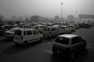 Traffic in Delhi. Credit: Peder Sterll/Flickr CC 2.0
