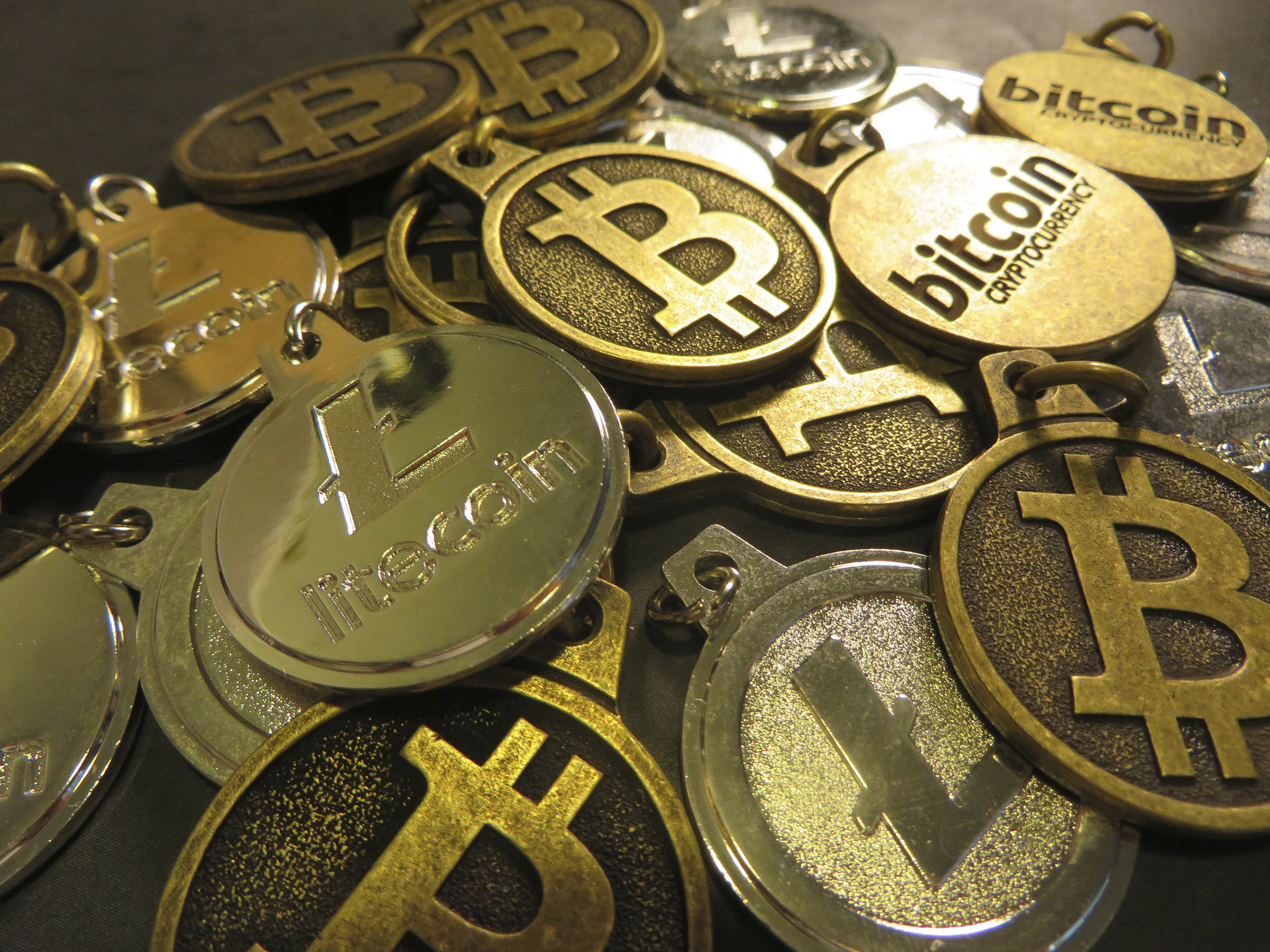 Gujarat's Bitcoin Scam Raises Questions on Fraud, Demonetisation and Cryptocurrency