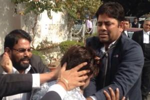 A Delhi lawyer manhandling JNU student union president Kanhaiya Kumar in Patiala House