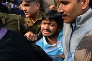 Kanhaiya Kumar was attacked by lawyers while being escorted into court. Credit: NDTV screengrab