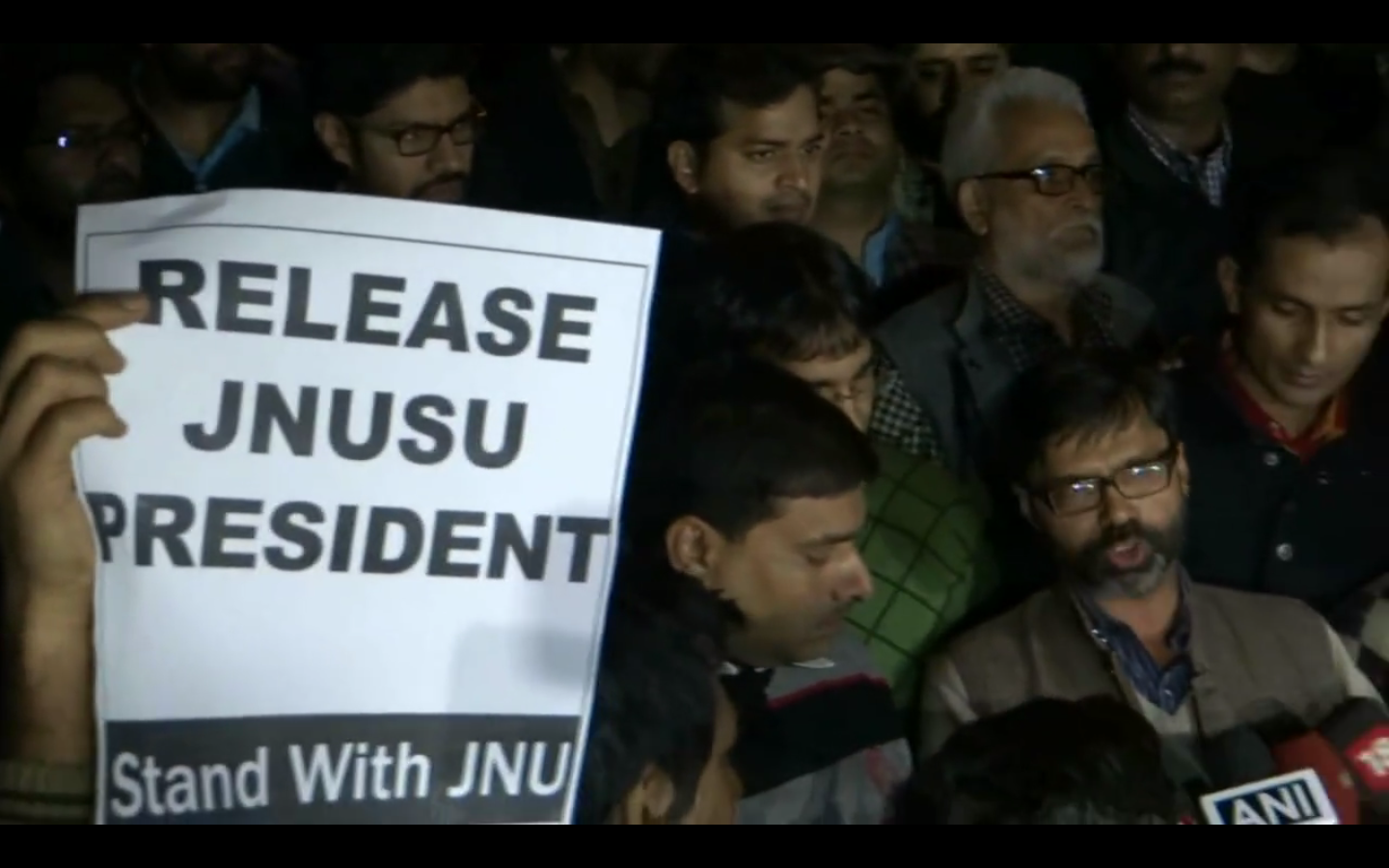 Arrest 'Anti India Elements' Says Rajnath, So Police Pin 'Sedition' on JNUSU Head