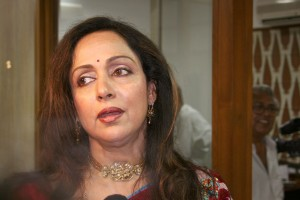 File picture of Hema Malini, who has been given 2000 square metres of land by the Maharashtra government. Credit: Biswarup Ganguly, Wikipedia commons