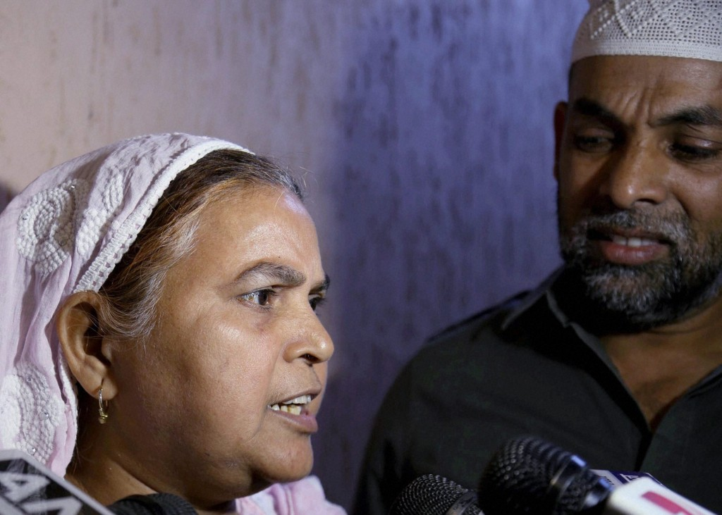 Ishrat Jahan's mother, Shamima Kausar at a press conference about David Headley's statement at Thane last month. Credit: PTI
