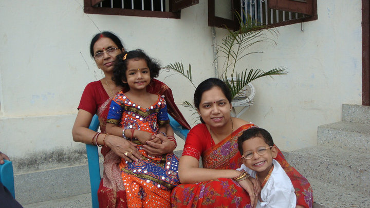 Three generations learning three languages: the author with her mother and her children.