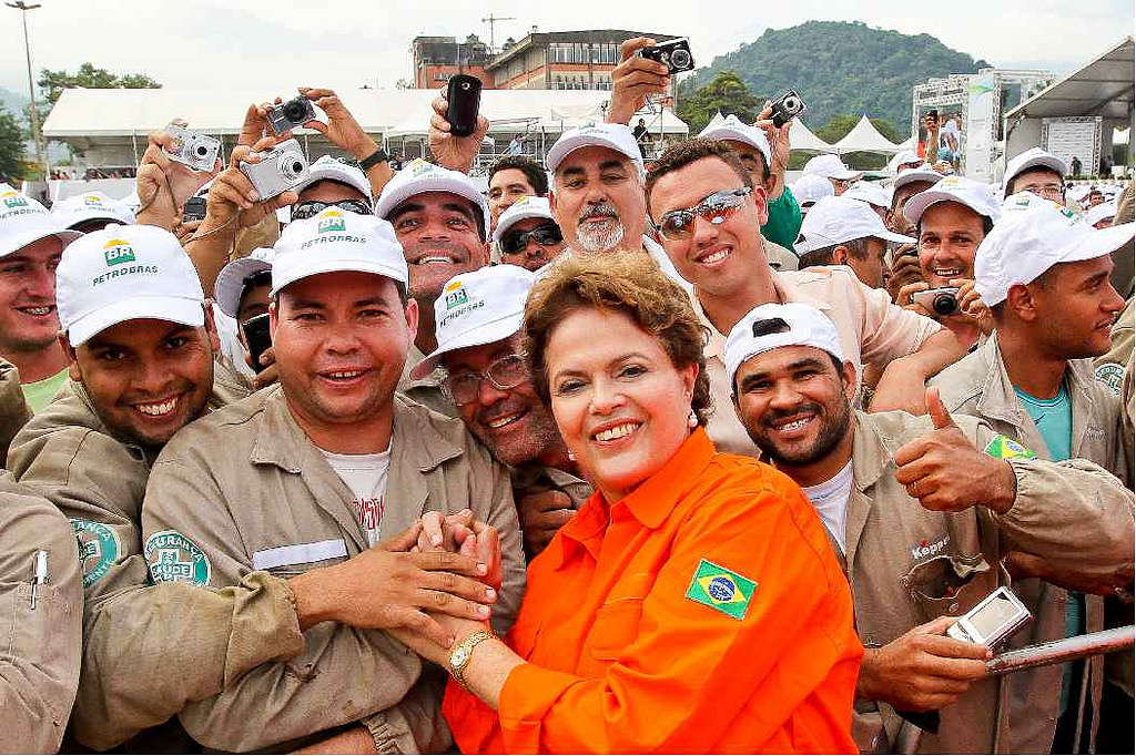 Dilma Rousseff with Petrobras workers in 2011. Credit: Roberto Stuckert.