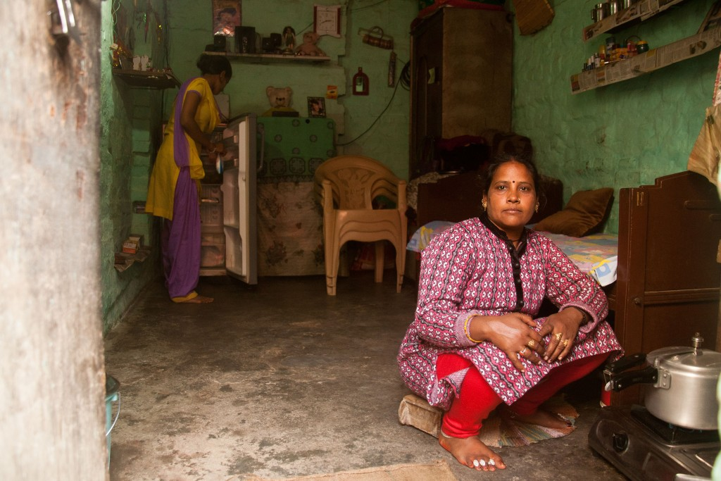 Still married to an alcoholic husband, Suman lives with her 15-year-old daughter and wants a better life for her. Credit: Pallavi Gaur
