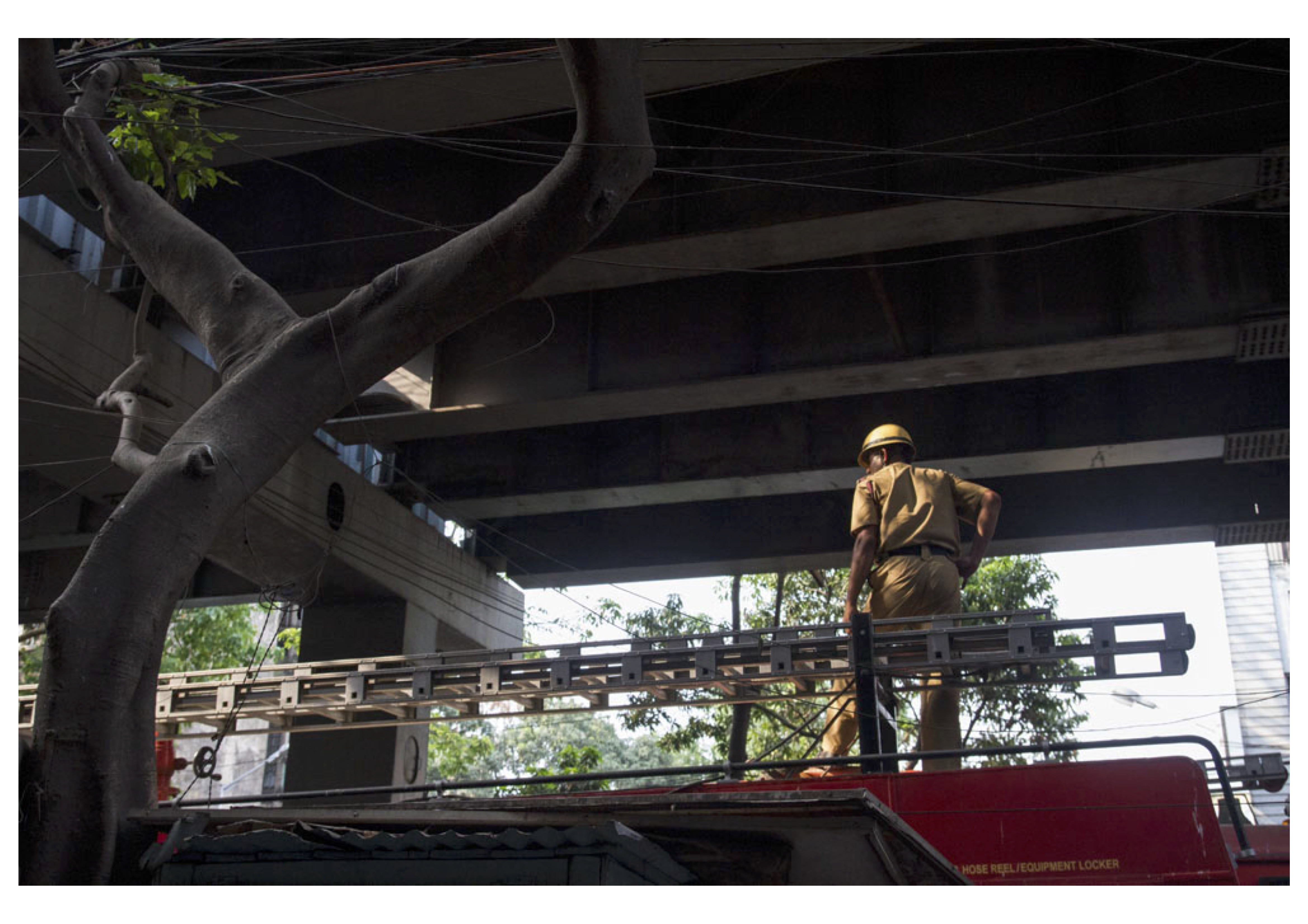 Photo Gallery: After the Kolkata Tragedy