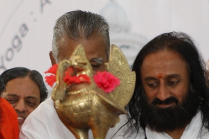 ramdev sri sri cropped