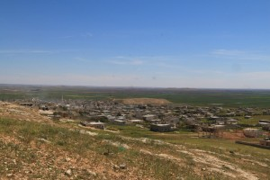A general view shows al-'Iss town after Syrian rebels and the al Qaeda-affiliated Nusra Front took control of it, in Aleppo countryside, Syria April 2, 2016. REUTERS/Ammar Abdullah