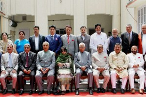 Jammu and Kashmir Governor NN Vohara along with Chief Minister Mehbooba Mufti and her cabinet. Credit: PTI