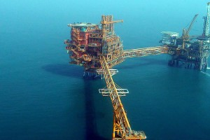 Out of its depth: The Gujarat State Petroleum Company has spent nearly Rs. 20,000 crore on the Deen Dayal field with little to show for it. Credit: Skmaircon