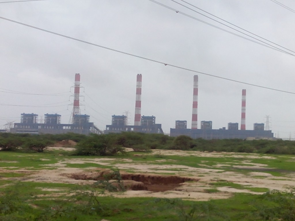 Mundra Power Plant, Kutch, Gujarat, owned by an Adani Group company. Courtesy: Nizil Shah, from Wikimedia Commons.