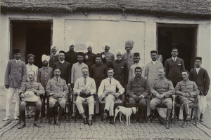 Representative image of British and Indian officials during colonial rule. Credit: Archival/Unknown