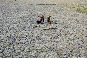 File photo of drought-hit farmers. Credit: PTI