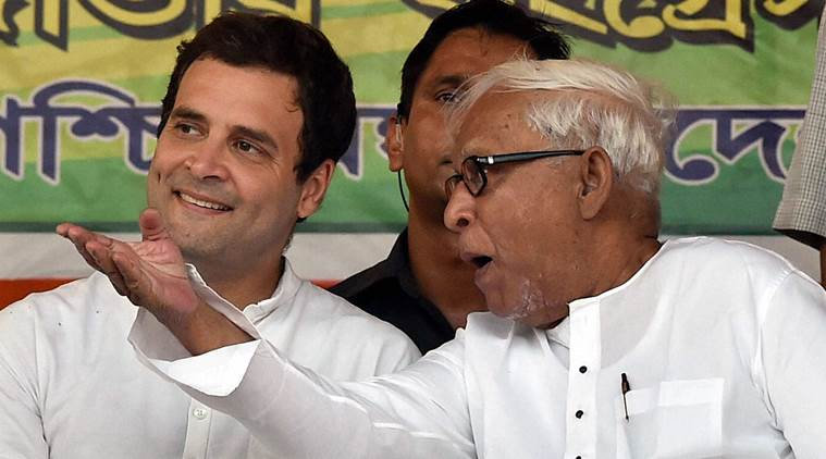 Congress Vice President Rahul Gandhi and former West Bengal chief minister and CPI(M) leader Buddhadeb Bhattacharjee at a joint election campaign rally in Kolkata. PTI Photo by Ashok Bhaumik
