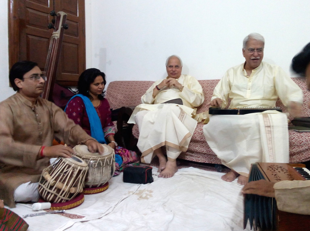 Rajan and Sajan Mishra with their accompanists and students in the greenroom.