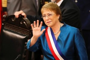 Chile's President Michelle Bachelet waves before the annual State of the Nation address at the national congress building in Valparaiso city, Chile, May 21, 2016. Credit: Reuters/Rodrigo Garrido