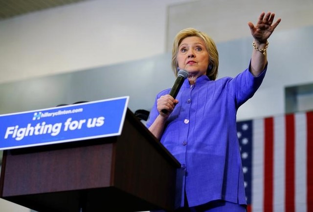 Clinton Regains Double-Digit Lead Over Trump Nationwide, Says New Poll