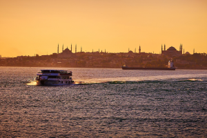 Istanbul at sunset, seen from the Bosphorus strait. Credit: Moyan Brenn/Flickr CC BY 2.0