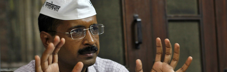 AAP's 'OoPs' Moment: Kejriwal Has No Option But to Fight It Out in Court