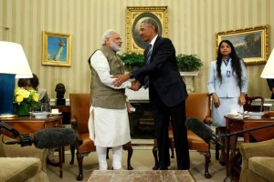 US President Barack Obama (R) shakes hands with Prime Minister Narendra Modi after their remarks to reporters following a meeting in the Oval Office at the White House in Washington, US June 7, 2016.  Credit: Reuters/Jonathan Ernst