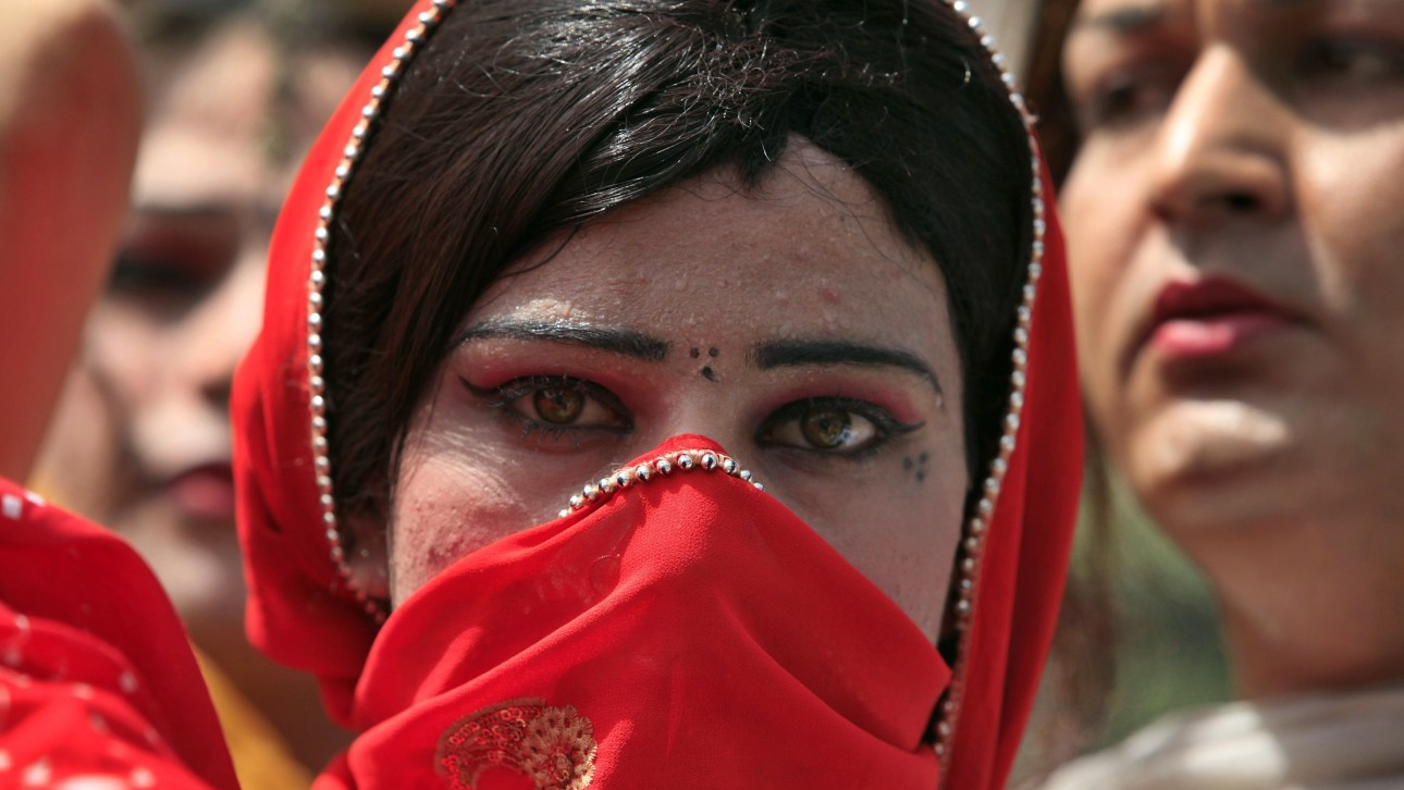 Caste and Religion Create Barriers Within the Hijra Community