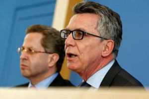 German Interior Minister Thomas de Maiziere (R) and Hans-Georg Maassen, Germany's head of the German Federal Office for the Protection of the Constitution (Bundesamt fuer Verfassungsschutz) address a news conference to introduce the agency's 2015 report on threats to the constitution in Berlin, Germany, June 28, 2016.    Credit: Reuters/Fabrizio Bensch