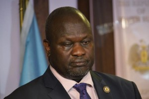 South Sudan First Vice President Riek Machar attends a news conference in South Sudan's capital Juba, July 8, 2016. Picture taken July 8, 2016. Reuters/Files