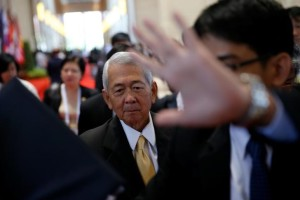Philippine Foreign Secretary Perfecto Yasay leaves a meeting of the ASEAN foreign ministers meeting in Vientiane, Laos July 26, 2016. Credits: REUTERS/Jorge Silva
