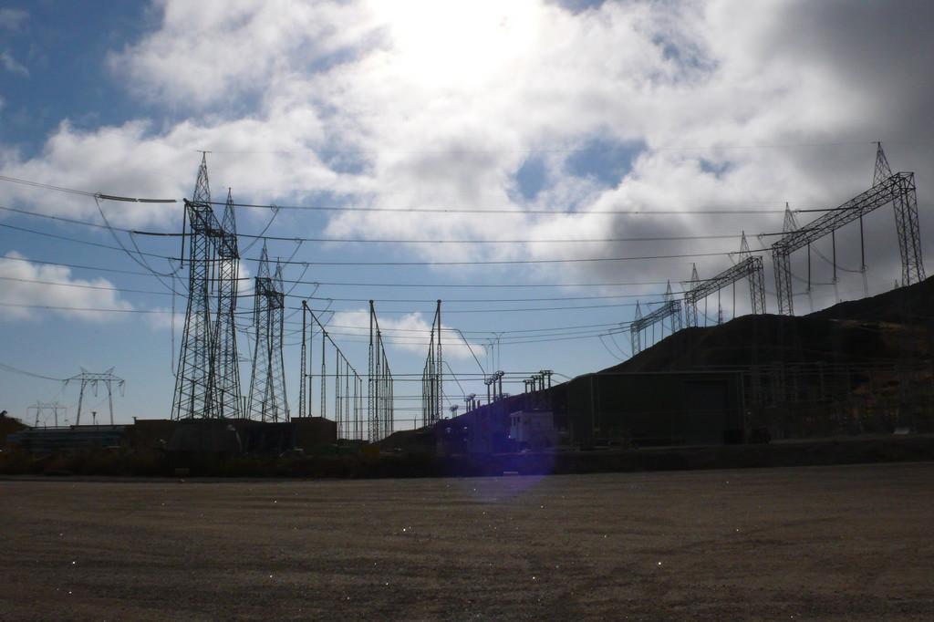 Infinite in All Directions: Diablo Canyon, Tampon Money and Financial Topology
