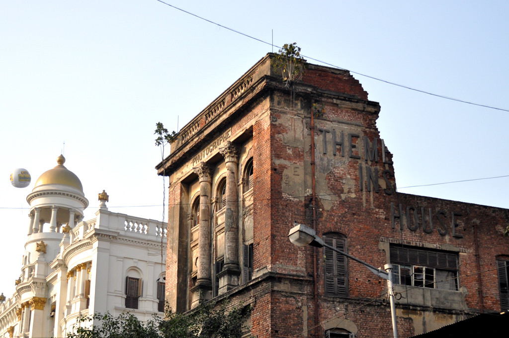 In Kolkata, the World's Oldest Photography Studio Shuts Its Doors