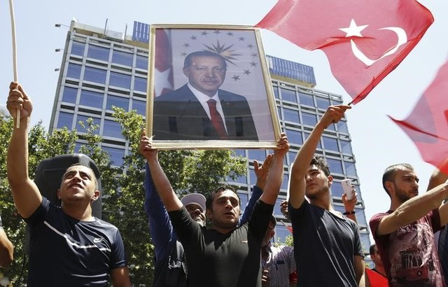 Europe Leaders Greet the Defeat of Turkish Coup And Uphold Democracy