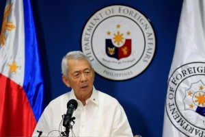 Philippine Foreign Secretary Perfecto Yasay gives a brief statement regarding the tribunal ruling on the South China Sea during a news conference at the Department of Foreign Affairs headquarters in Pasay city, metro Manila, Philippines July 12. Credit: Reuters/Romeo Ranoco