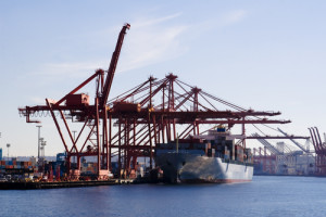 Adani Mundra port. Credit: Wikimedia Commons
