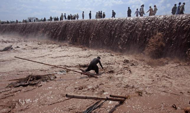 Pakistan Floods Leave 28 Dead
