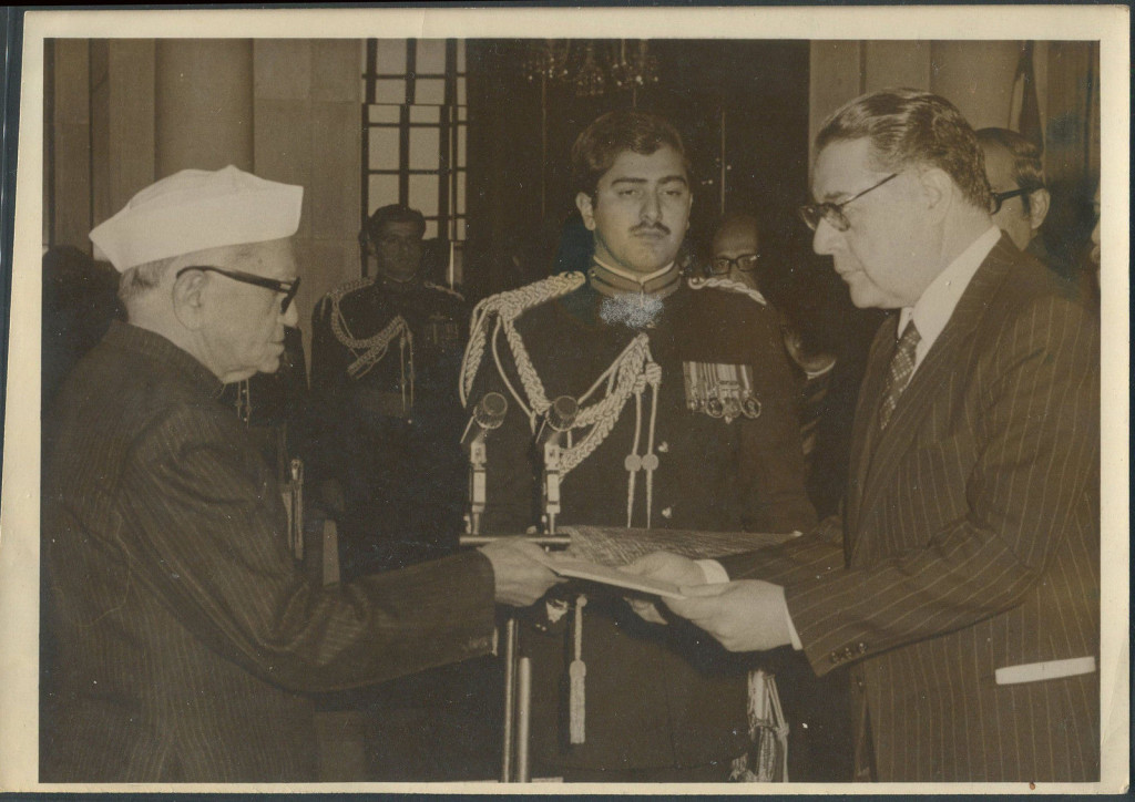 Indian president Fakhruddin Ali Ahmed with the Afghan ambassador in 1977. Credit: eBay